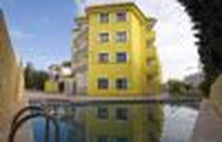 Apartamentos Sol y Mar 3000 - Hotel - 0