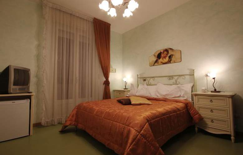 Spiaggia Marconi - Hotel - 3
