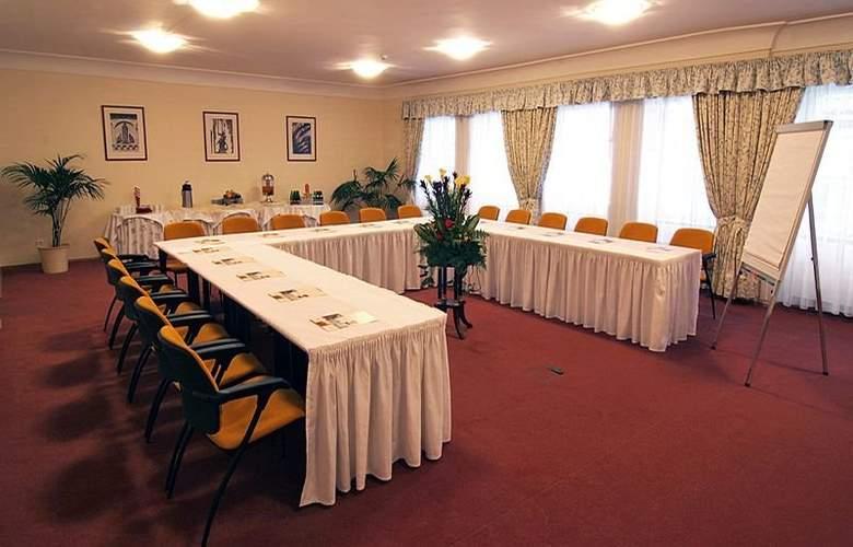 Constans - Conference - 15