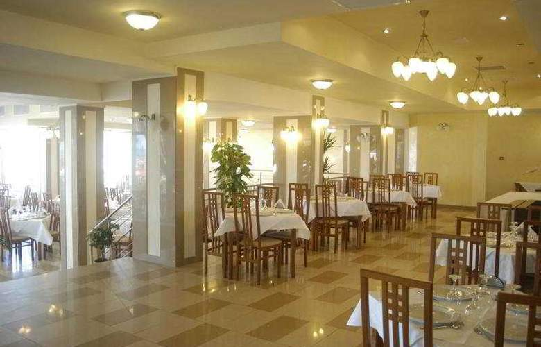 Comandor - Restaurant - 11