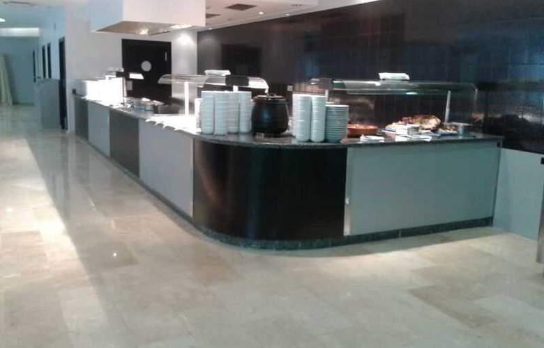 Marina Rey - Restaurant - 31