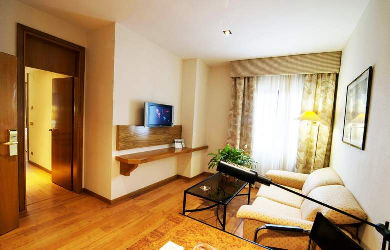 Vegas Altas - Room - 11