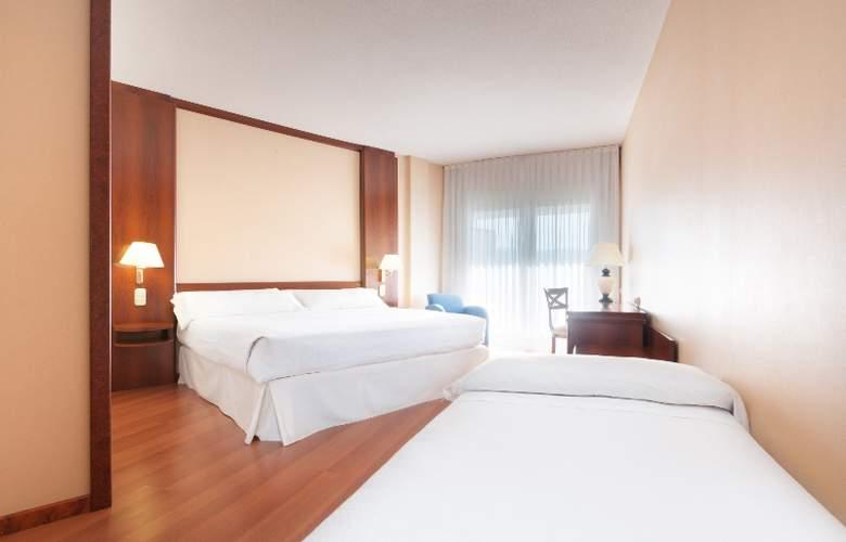 Tryp Guadalajara - Room - 13