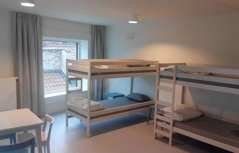 HOTEL SNUFFEL BACKPACKER HOSTEL - Room - 2
