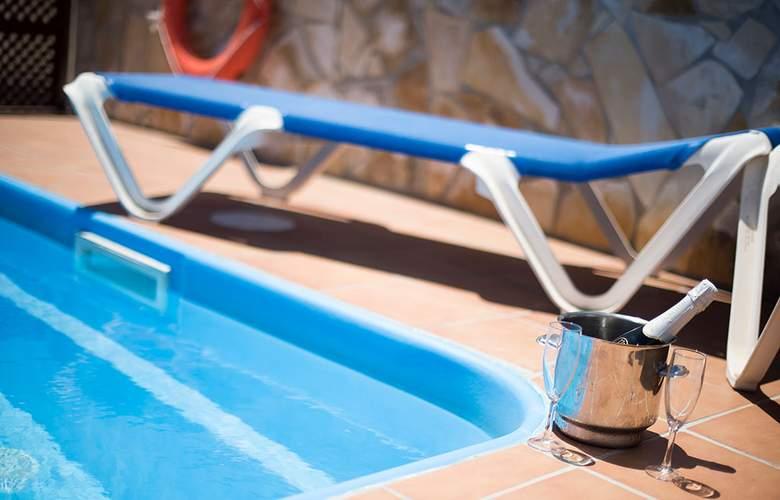 Toboso Chaparil - Pool - 3