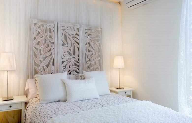 Aspasios Urquinaona Design - Room - 0