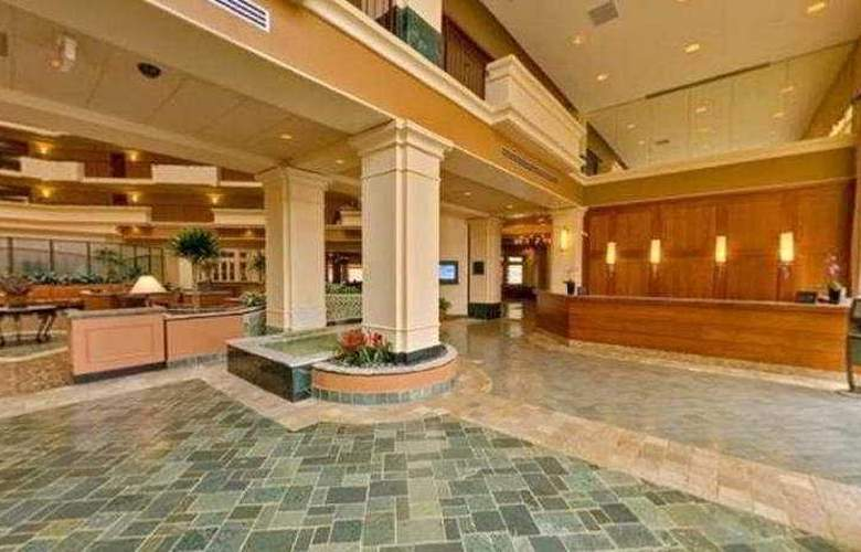 Hilton Suites Chicago/Oak Brook - General - 0