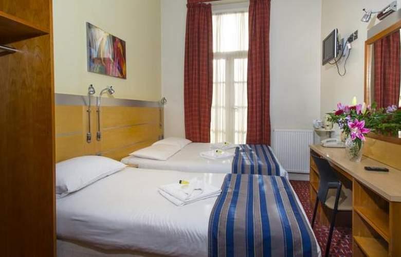 St. Georges Inn Victoria - Room - 3