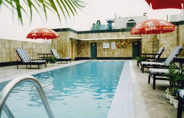 Tianfu Sunshine - Pool - 6
