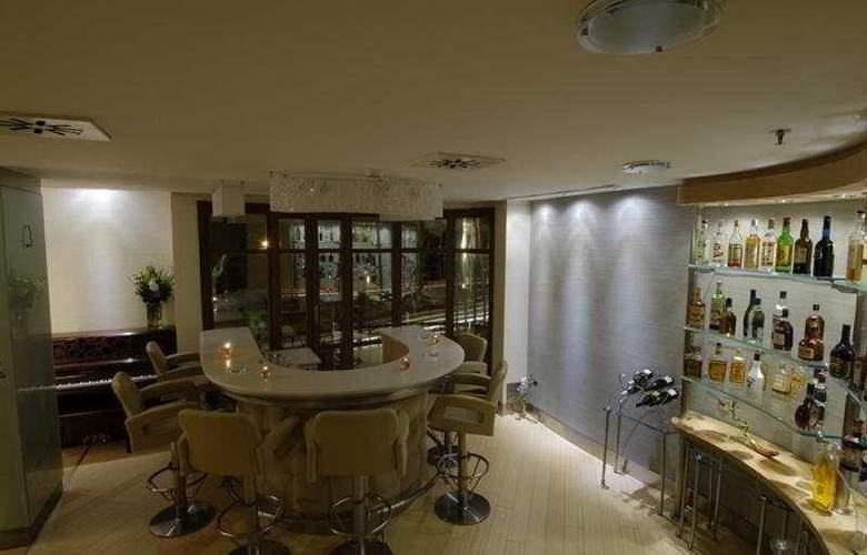 Mega Residence Hotel - Bar - 5