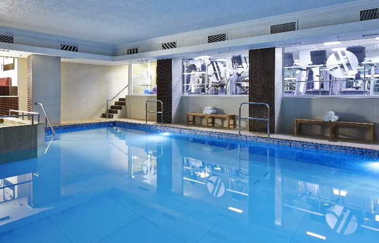 London Marriott Hotel Marble Arch - Pool - 11
