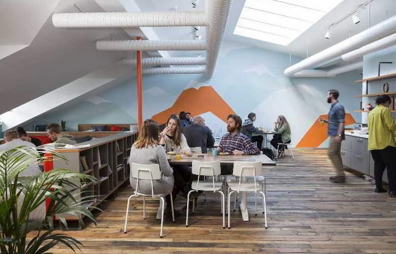 Loft Hostel - Bar - 7