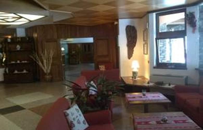 Hotel Mont Blanc - Hotel - 9