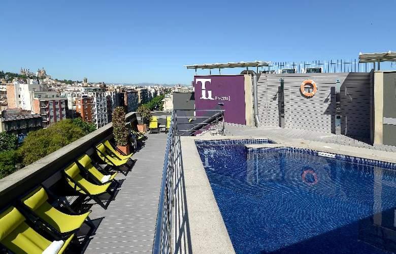 Barcelona Universal - Hotel - 10