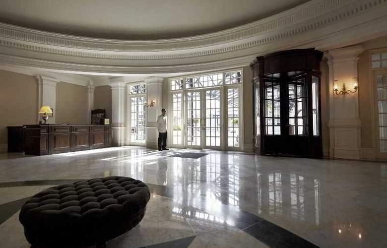 Eastern and Oriental Hotel Penang - General - 8