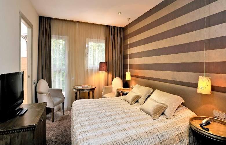 Globales Acis & Galatea Hotel - Room - 11