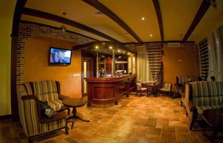 City Club - Bar - 4