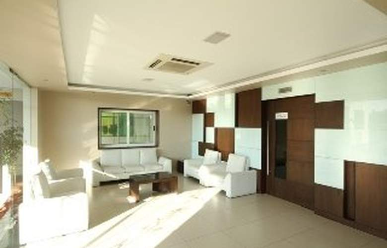 Mango Suites Brilliance - Hotel - 0