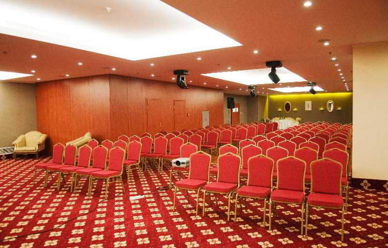 Ramada Brasov - Conference - 13