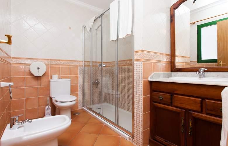 Caleta Playa - Room - 5