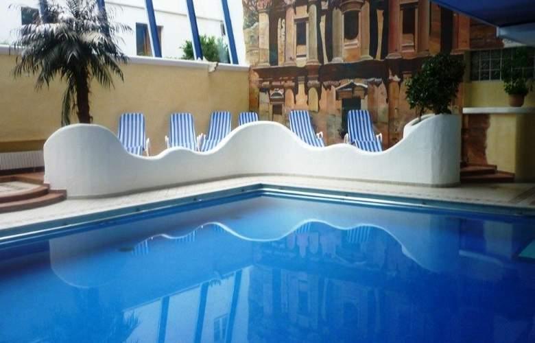 Norica Hotel - Pool - 1