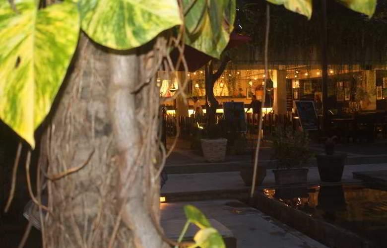 Oasis Kuta - Restaurant - 69