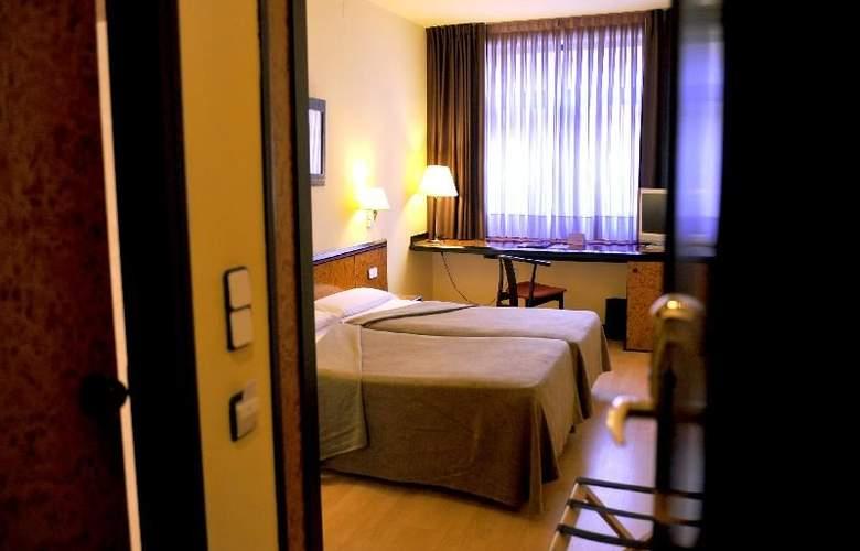 Hotel Glories Sercotel - Room - 12