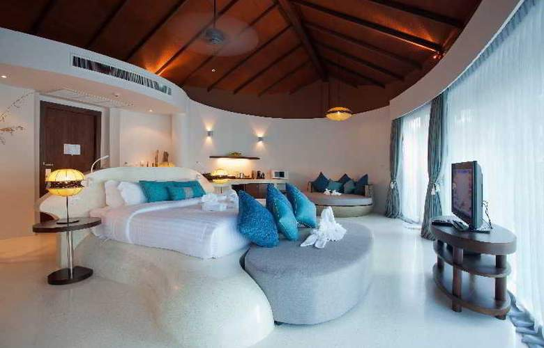 Mai Khao Lak Beach Resort & Spa - Room - 11