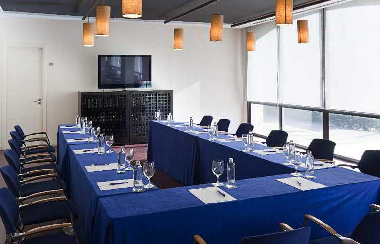 DoubleTree by Hilton Islantilla Beach Golf Resort - Conference - 27