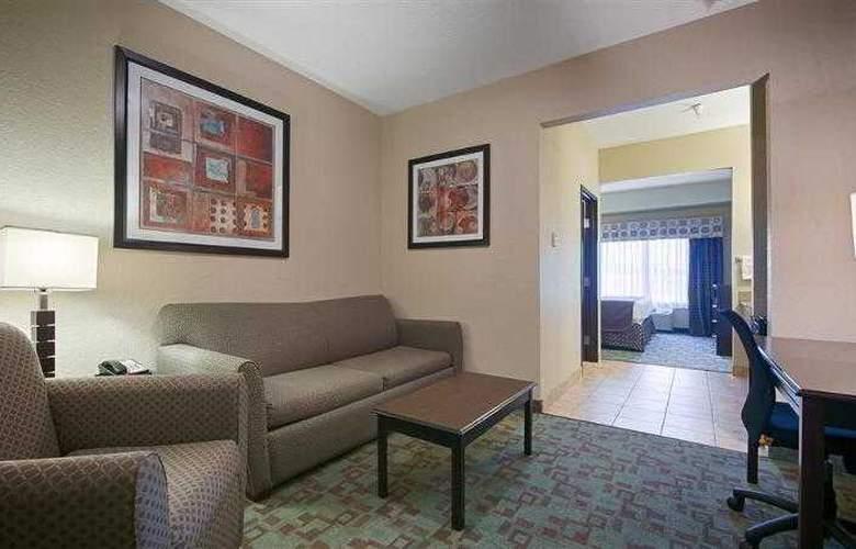 Best Western Plus Eastgate Inn & Suites - Hotel - 31