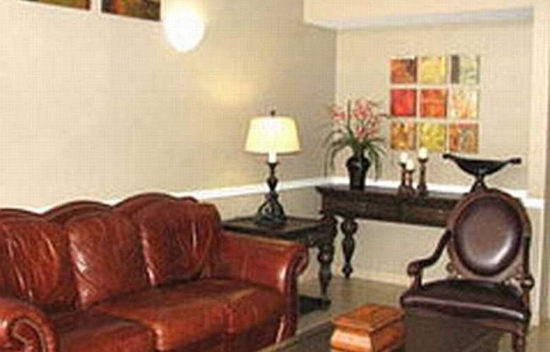 La Quinta Inn San Antonio AlamoDome South - Room - 1
