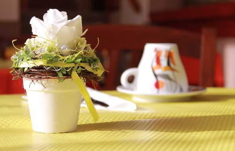 Le Chatel - Restaurant - 2