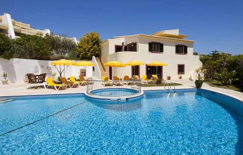 Villa Marazul - Pool - 13