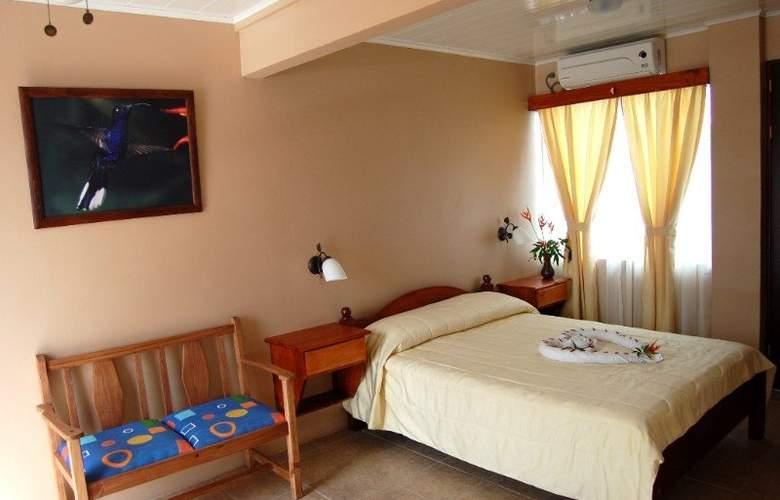 Las Colinas - Hotel - 5