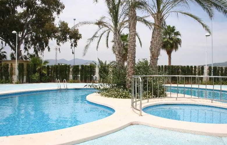 Coral Beach - Pool - 8