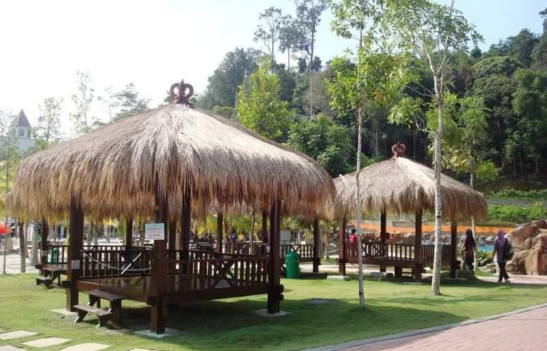 Caribbean Bay Resort-Bukit Gambang Resort City - Hotel - 8