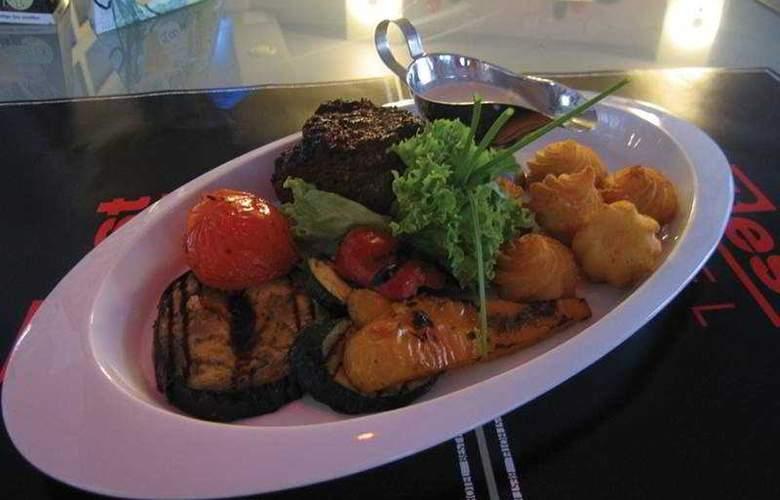 Best Hotel - Restaurant - 9