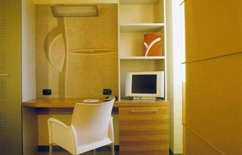 Yes Hotel (Varese) - Room - 2
