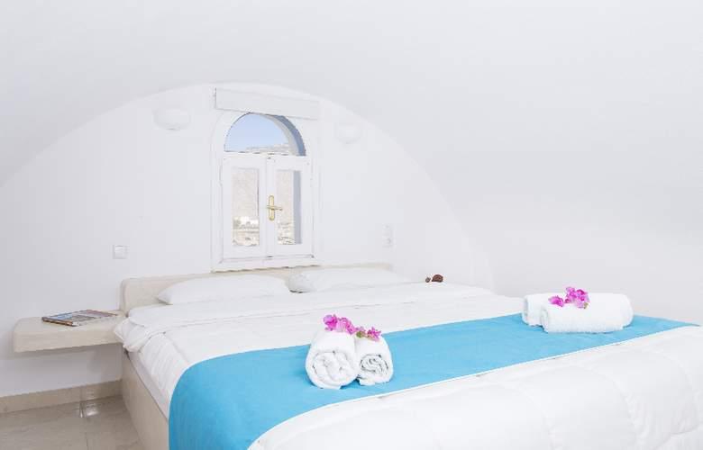 Bella Santorini - Terrace - 9