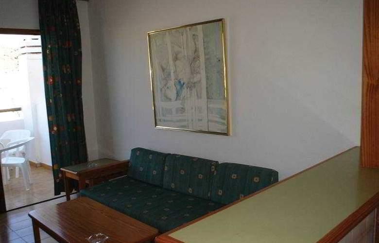 Carlota - Room - 9