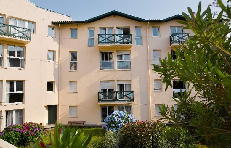Pierre & Vacances Premium Residence Haguna  - Hotel - 8