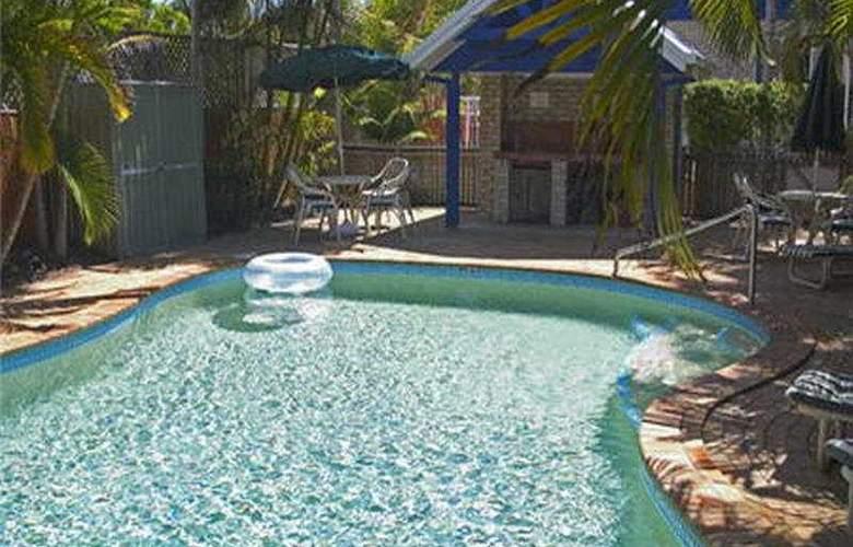 Budds Beach - Pool - 3