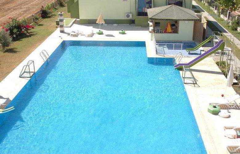 Canseven Otel - Pool - 4