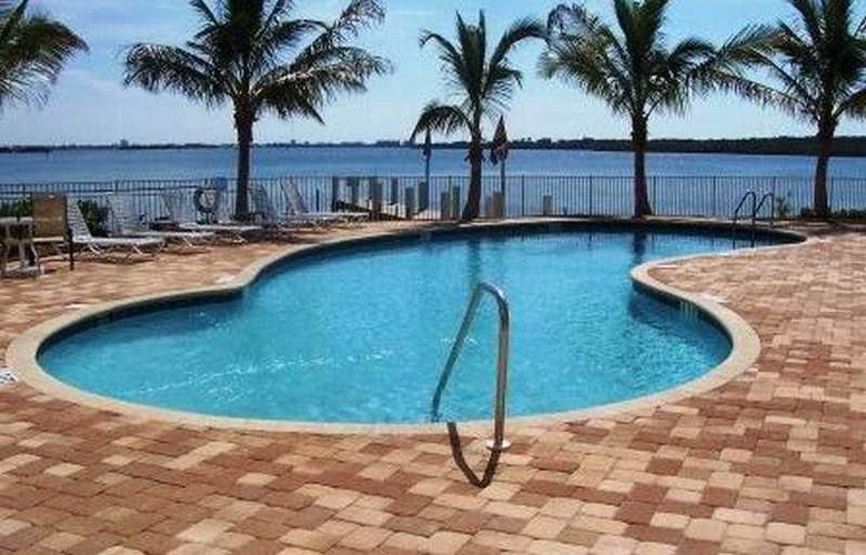 Boca Ciega - Pool - 8