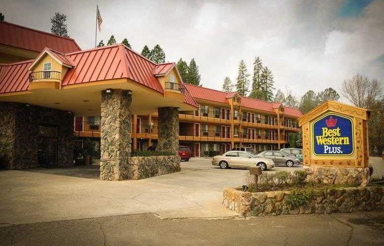 Best Western Plus Yosemite Way Station - Hotel - 7