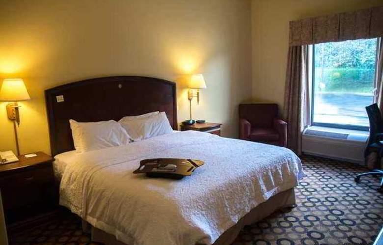 Hampton Inn Springfield - Hotel - 0