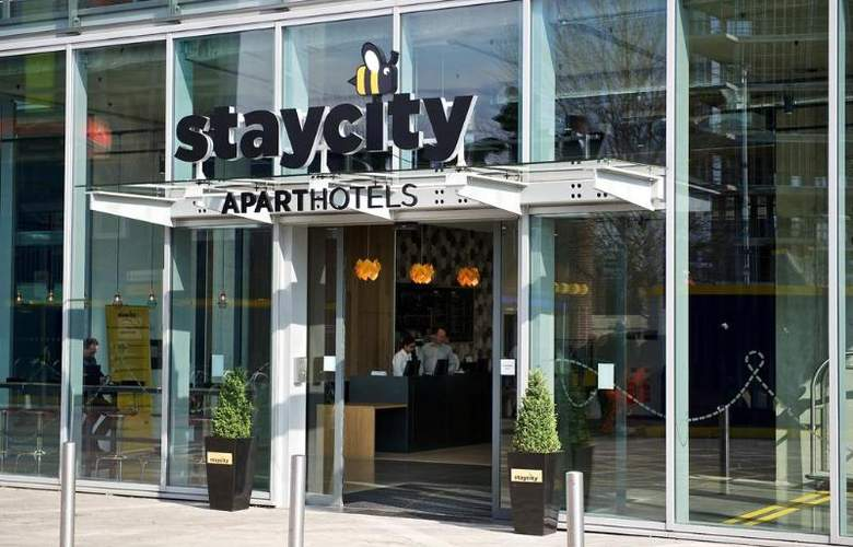 Staycity Serviced Apartments London Heathrow - Hotel - 0