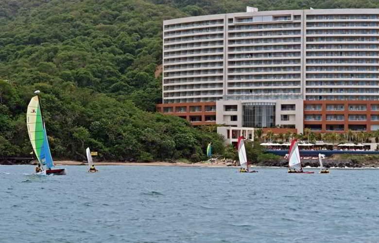 Azul Ixtapa Grand All Suites Spa&Convention Center - Beach - 18