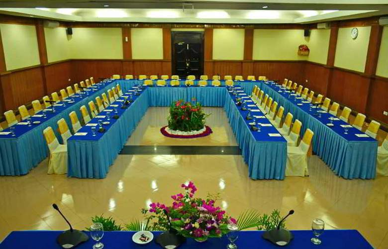 Inna Sindhu Beach - Conference - 30