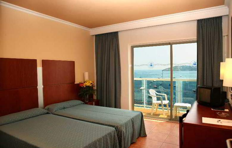 Simbad - Room - 11
